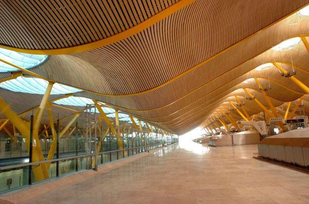 Rogers and Lamela Madrid Airport.jpg